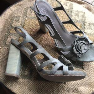 Ladies grey leather upper with wooden  heel